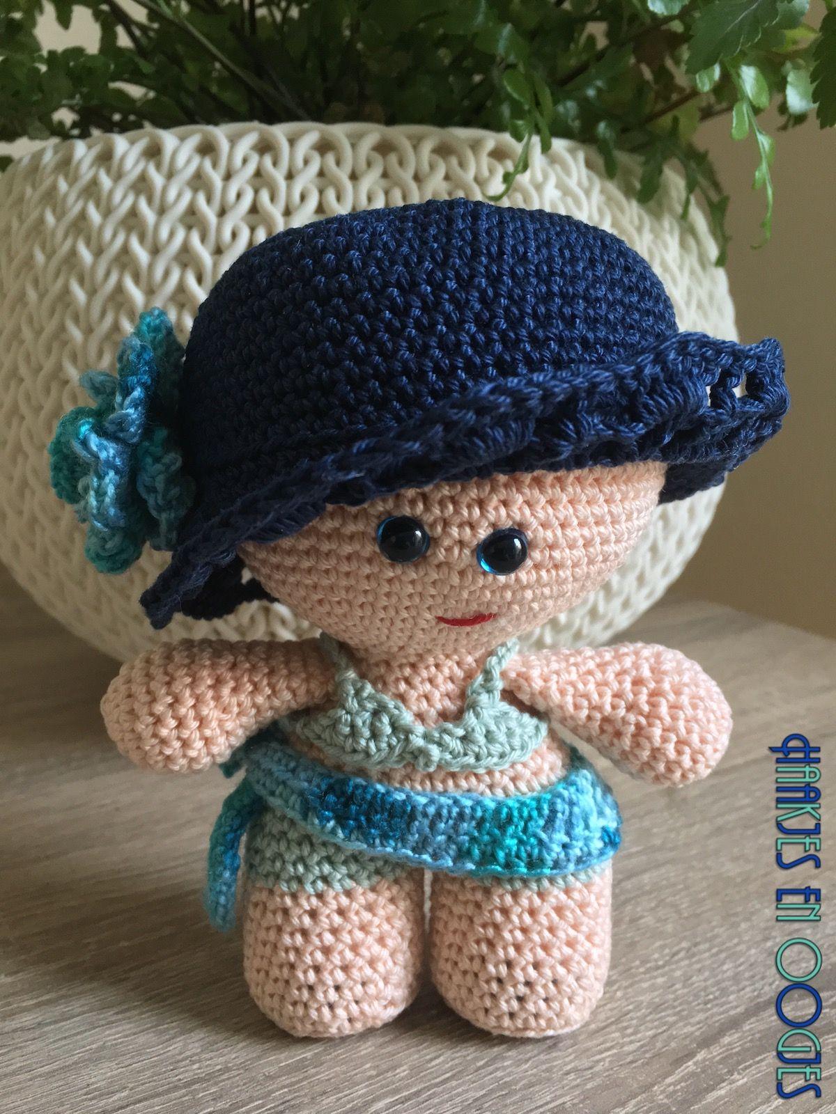 big head doll zwemmen Wendy haken